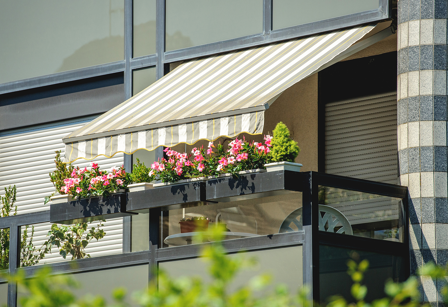 Outdoor Blinds Awnings Shade Sails Brisbane Creative Shade Solutions